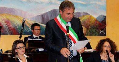 """Rogliano, Altomare scrive ai colleghi sindaci dei Comuni ex zona rossa. """"Noi penalizzati dal Governo"""""""