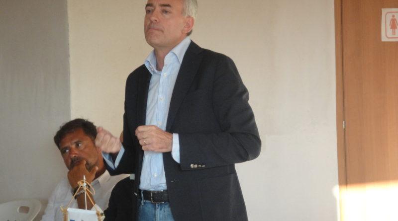 Calabria e ortofrutta: faccia a faccia tra l'assessore Gallo e le organizzazioni dei produttori