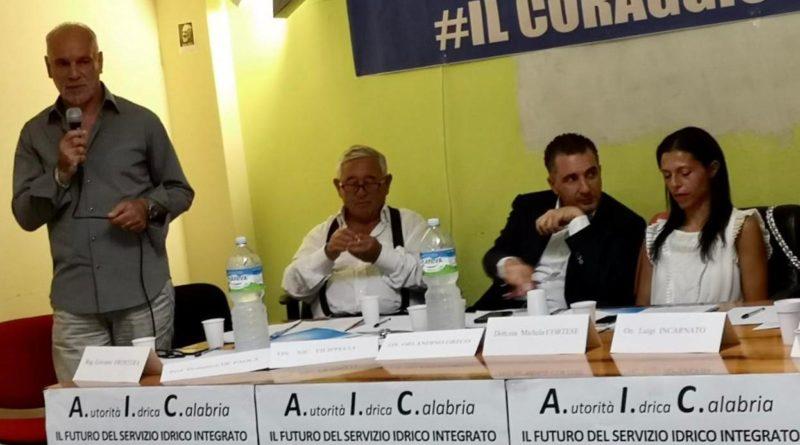 """""""Sorical, inconcepibile condividere il dramma societario con i Comuni calabresi"""" *"""